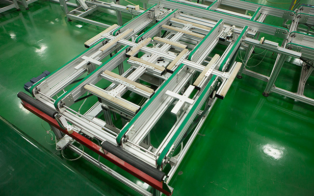 PV Modules Rotation Conveyor Solar Panel Production Line , Solar Panel Assembly Equipment