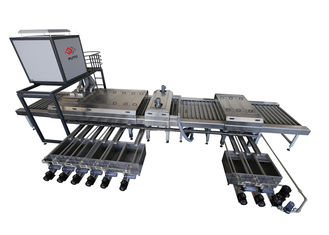 China Automotive Glass Cleaning Equipment With stainless steel shaft / heating system supplier