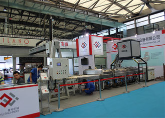 China High Speed Solar Glass Loading Machine With Handling Arm, Washing Machine Line supplier