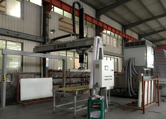 China PLC Control Automatic Glass Loading Machine For Safety Glass Line With Touch Screen distributor