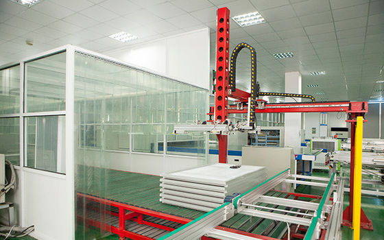 China Loading And Unloading Solar Panel Making Machine For PV Modules , Handling Machine distributor